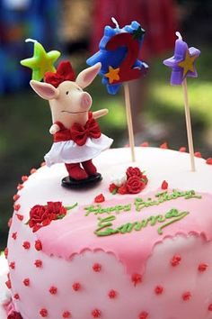 Olivia Birthday Cake.  My granddaughter emma needs this for her 5th birthday.  She was born in the year of the pig.  Its so cute.