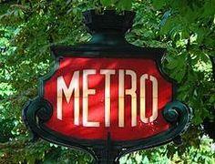 Metro... Paris