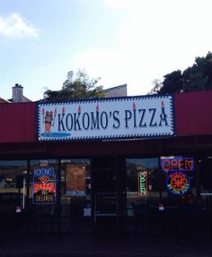 It's too HOT to Cook and ordering pizza has never been easier! Kokomo's Pizza now accepts orders online www.kokomospizza.com or right here from our Facebook page - just click order online above or use our app for iOS and android https://itunes.apple.com/us/app/kokomos-pizza/id897316816?mt=8 or https://play.google.com/store/apps/details?id=com.chownow.kokomos