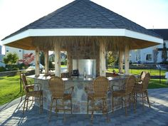 Genial Google Image Result For Http://www.plantnj.com/images/landscapedesign/ Outdoor%2520Kitchens/contemporary Outdoor Bar  With Stainless Serving Center Au2026