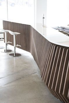 Zaha Hadid Architects' kitchens for New York condo building launched by Boffi Reception Counter Design, Bar Counter Design, Built In Furniture, Furniture Design, White Furniture, Design Desk, Furniture Removal, Furniture Ideas, Interior Design Shows
