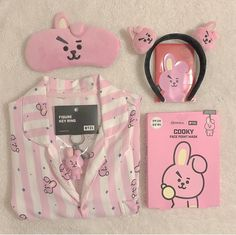 My to rob list went up Kpop Aesthetic, Pink Aesthetic, Blue Ivy, Bts Jungkook, Taehyung, Estilo Goth Pastel, Mochila Do Bts, Bts Doll, Army Room Decor