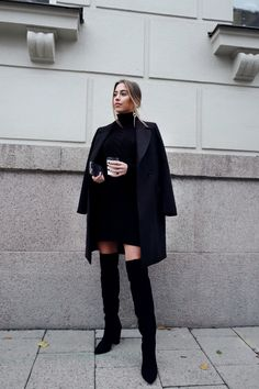 ALL BLACK EVERYTHING – Kenzas