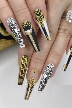 Glue On Nails, Gel Nails, Cute Nails, Pretty Nails, Middle Finger Ring, Manicure E Pedicure, Luxury Nails, Best Acrylic Nails, Creative Nails