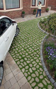 13 Elegant and Awe-Inspiring Driveway Paving Ideas Paver driveway design ideas, landscape & hardscape applications. Permeable Driveway, Driveway Landscaping, Modern Landscaping, Driveways, Backyard Pavers, Asphalt Driveway, Walkways, Landscaping Ideas, Landscaping Software