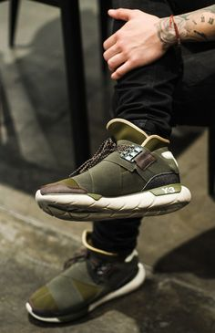 ADIDAS Y-3 Qasa High leg cross #streetfashion