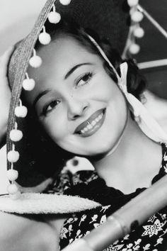 Olivia de Havilland photographed by Elmer Fryer, 1937