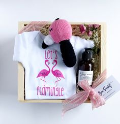 Gift boxes gift ideas housewarming gifts new home flowers baby gifts newborn gifts flamingos gift boxes custom gifts gift ideas negle Choice Image