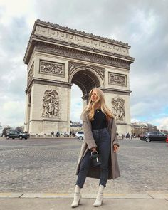 have I mentioned I'm in Paris yet? Winter Fashion Casual, Autumn Winter Fashion, Sophia And Cinzia, Amsterdam Outfit, Night Outfits, Casual Outfits, Paris Pictures, Paris Pics, Paris France