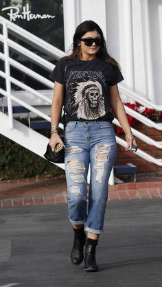 "Kylie Jenner thats a cool outfit but the shirt i dislike i dont support ""yeezus"" not one bit!"