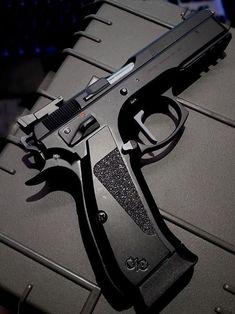 Weapons Guns, Guns And Ammo, Fire Powers, Home Defense, Shooting Range, Cool Guns, Tactical Gear, Tactical Survival, Shotgun