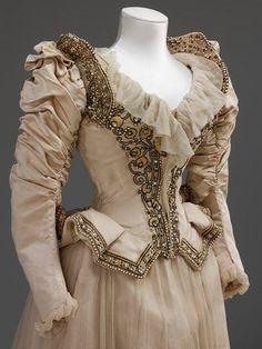 1890 wedding dress http://inspiringdresses.tumblr.com/post/47701871017/stern-brothers-wedding-dress-1890-american-v-a #victorian #wedding #dress