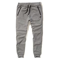 Hollister Fleece Jogger Pants Guys Jeans Bottoms (750 ARS) ❤ liked on Polyvore featuring activewear, activewear pants, pants, bottoms, boys clothes, jeans, josh pajamas, vintage sportswear and logo sportswear