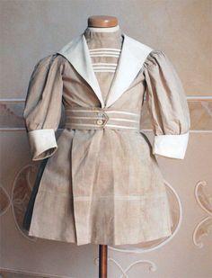 Abiti Antichi- Girl's day dress ca. 1904