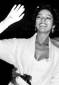 Dorothy Dandridge at the premiere of Carmen Jones, 1954