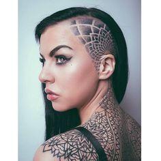 Undercut woman's hair style hair design