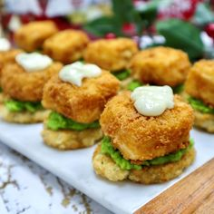 Find seafood inspirations & meal ideas in Let's Eat. Step up your appetizer game with Pub-style Cod Bites! Start eating more fish! Atlantic Cod, British Pub, Baked Cod, Tartar Sauce, Breakfast Potatoes, Potato Pancakes, Frozen Peas, Potato Chips, Salmon Burgers