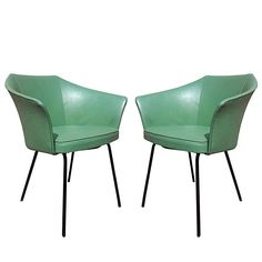 Pair of Vinyl Chairs by Pierre Paulin Art Furniture, Vintage Furniture Design, Furniture Styles, Modern Armchair, Mid Century Modern Furniture, Modern Chairs, Outdoor Tables And Chairs, Lounge Chairs, Sustainable Furniture
