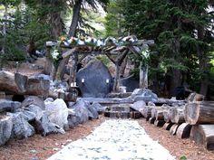 the forest chapel, mammoth lakes Mammoth Ca, Mammoth Lakes California, Mammoth Mountain, Wedding Themes, Wedding Venues, Wedding Decorations, Twin Lakes, Lodge Wedding, Wedding Pinterest