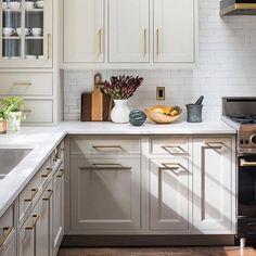40 Best Kitchen Interior Design Ideas 2019 – Page 22 of 40 – womenselegance. com – Kitchen 2020 Home Decor Kitchen, Interior Design Kitchen, New Kitchen, Kitchen Ideas, Updated Kitchen, Neutral Kitchen, Transitional Kitchen, Elegant Kitchens, Cool Kitchens