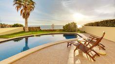 Villa Mallorca in erster Meereslinie in der Nähe von Port Adriano, traumhafte Südlage, in einer exklusiven Wohnanlage ! http://www.casanova-immobilienmallorca.de/de/suchergebnis/2481382/Villa-Mallorca-in-erster-Meereslinie-und-reiner-Suedlage