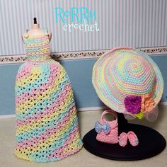 Pullip outfit (longdress, hat, purse and ballet shoes) made by order ^^... Any inquiry please pm by bbm or line... Thanks.. #crochet #crochetoutfit #instacrochet #dolloutfit #dollcostume #dolldress #pullipdoll #pullip #handmade #handicraft #hat #doll #bajurajut #bajuboneka #bajubonekarajut #rorrucrochet #rajutan #rajut #Padgram