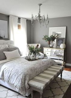 Rustic Farmhouse Master Bedroom Ideas (30)