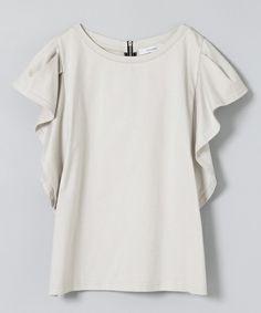 JEANASIS(ジーナシス)の「ラッフルプルオーバーSS/730988 (Tシャツ・カットソー)」です。このアイテム着用のコーディネートをチェックすることもできます。