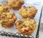 Try this free, quick and easy savoury muffins… Savory Muffins, Savory Snacks, Yummy Snacks, Delicious Desserts, Healthy Snacks, Easy Snacks, Top Recipes, Muffin Recipes, Baking Recipes