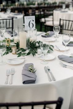 Wedding candles table - Sadie's Floral Emily Steffen Photography – Wedding candles table Floral Wedding, Wedding Colors, Diy Wedding, Wedding Venues, Dream Wedding, Wedding Flowers, Wedding Shoes, Wedding Reception, Wedding Dresses