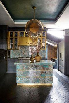 Luxury Kitchens Trilbey Gordon Interiors' style is a madcap mixture of Hollywood regency, Art Deco, with a bit of Gentleman's club and seventies Halston Studio - Luxury Kitchen Design, Best Kitchen Designs, Luxury Kitchens, Interior Design Kitchen, Cool Kitchens, Interior Decorating, Bespoke Kitchens, Kitchen Tops, Brass Kitchen