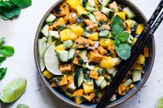 Thai mango avocado salad with grilled sweet potatoes - loaded with sweet mango, tangy lime Salad Recipes For Dinner, Healthy Salad Recipes, Healthy Snacks, Eating Healthy, Healthy Grilling Recipes, Healthy Recipe Videos, Vegetarian Grilling, Salad With Sweet Potato, Sweet Potato Recipes