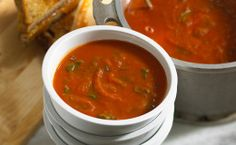 Add a small swirl of basil pesto and a sprinkle of Parmesan cheese to each bowl of this Tomato Potato Florentine Soup for added Italian flavor. Potato Dishes, Potato Soup, Potato Recipes, Soup Recipes, Vegetarian Recipes, Yummy Recipes, Healthy Baked Potatoes, Bread Soup, Gordon Ramsay