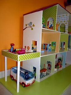 how to build a barbie doll house out of wood Dreamhouse Barbie, Barbie Doll House, Barbie Dream House, Barbie Dolls, Barbie Furniture, Dollhouse Furniture, Kids Furniture, Diy Dolls House Plans, Diy Dollhouse