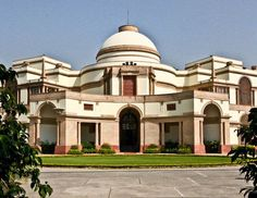 Hyderabad House, New Delhi, Sir Edwin Lutyens, 1928   Image from & copyrighted to the Lutyens Trust 2013