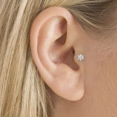 Next piercing. Im thinking this and a daith on the side with my upper cartilage a rook on the side where of my tragus piercing. Tragus Piercings, Cartilage Jewelry, Cute Piercings, Body Piercings, Cartilage Earrings, Piercing Tattoo, Double Cartilage, Helix Piercing Stud, Cartilage Piercing Stud