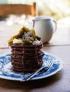 RESEP: Plaatkoekies met groenvye en donkersjokoladesous   Netwerk24.com