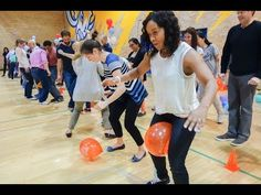 Looking for indoor team building games? These 17 team building … Looking for indoor team building games? Youth Group Games, Family Fun Games, Kids Party Games, Family Game Night, Fun Team Games, Team Bonding Activities, Pep Rally Games, Indoor Party Games, Relay Games