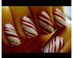 Want to try nail art on your finger nails? Get inspiration from the coolest nail art around for nail art designs to do on yourself using nail polish, nail art pens, leaf and embellishment. Xmas Nails, Get Nails, Fancy Nails, Holiday Nails, How To Do Nails, Pretty Nails, Hair And Nails, Sparkle Nails, Candy Cane Nails