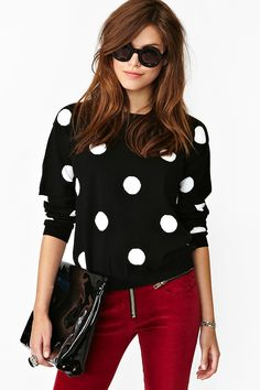 Ideas how to wear red pants outfits polka dots Polka Dot Sweater, Polka Dot Shirt, Polka Dots, Looks Style, My Style, Dots Fashion, Fashion Pants, Fashion Fashion, Fashion Shoes