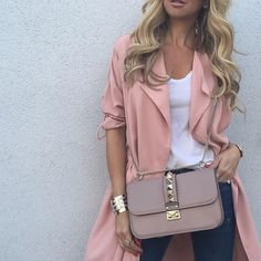 Up Close - #RiverIsland coat, #HM tee, #Valentino bag and #Zara denim. See previous post for full look.