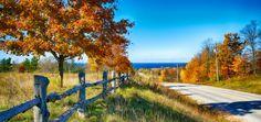 Road into Egg Harbor in Door County, Wisconsin