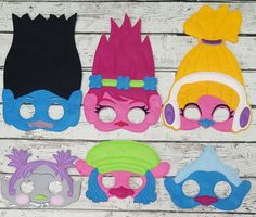 Los trolls sentían máscaras Cumpleaños por TreasuredForever Trolls Birthday Party, Troll Party, Birthday Party Themes, Aaliyah Birthday, Los Trolls, Felt Mask, Best Kids Toys, Deco Table, Diy Party Decorations