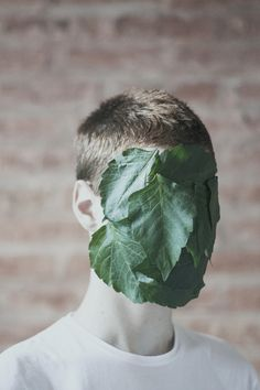 I love this and the idea of hidden identity. Portrait Photography, Fashion Photography, Photography Jobs, Photography Tutorials, Hidden Identity, Hidden Face, Portraits, Looks Cool, Art Direction