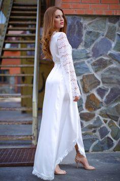 8772381134 Длинный Шелковый Халат с Кружевными Рукавами. Silk Nightgown