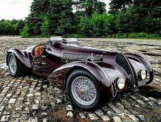 1938 Alfa Romeo Mille Miglia Spyder--- my dream car's gramps Classic Sports Cars, Classic Cars, Classic Auto, Classic Motors, Classic Rock, Classic Style, Cars Vintage, Retro Cars, Antique Cars