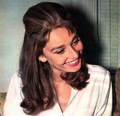 I love Audrey Hepburn's hair!