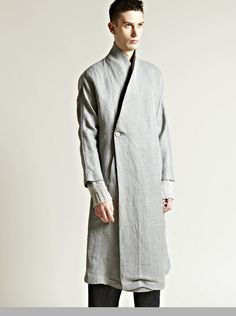 DAMIR DOMA | TRENCH COAT | DESIGN | FASHION | MINIMALISTIC | GREY | JACKET | GQ | MEN | MENSWEAR | ASSYMETRIC | DOUBLE BREAST | LONG LENGHT |