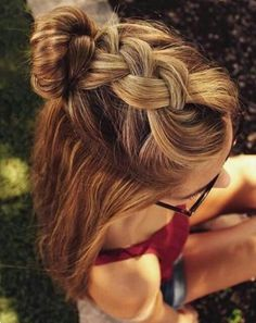 #Hairstyles Braided half ponytail with a bun. Easy hairstyle that looks amazing! Making hairstyles a bit more glamorous with our tips, ideas and tutorials. The Ledyz Fashions Hair Inspiration board is full of how to instructions and tutorials for hairstyles, hair inspiration, hair styles, hair-dos. These gorgeous hair looks will help you find the perfect cut and products for you. Get inspired by celebrity hair transformations for your next cut. | Ledyz Fashions || www.ledyzfashions.com