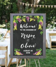 秋冬の結婚式に…♪チョークアート風オーダーメイドウェルカムボード 【ブドウ】